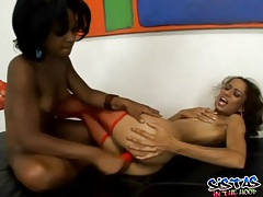Skinny flexible black chicks eat pussy lustily tubes