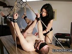 maitresse dominatrice claudiacuir bondage fist anal tubes