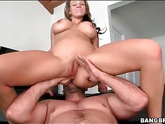 Cocksucking Nikki Sexx sits on his shaft tubes