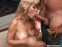 Natural girl sucks a dick with lusty passion tubes