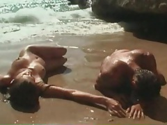 Cocksucking and cunt licking with beauty at beach tubes