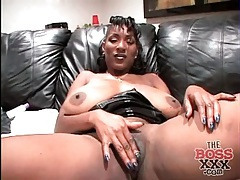 Giant natural tits on black milf sucking cock tubes