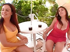 Curvy Latina friends show tits and finger outdoors tubes