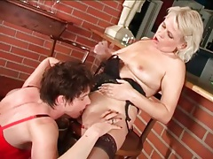 Mature brunette in leather skirt eats a pussy tubes