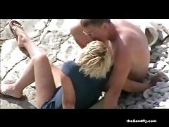 Thesandfly beach voyeur sex antics! tubes