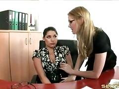 Lesbian secretary seduces her coworker tubes