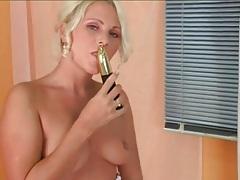 Shiny golden dildo fucks her pretty pussy tubes