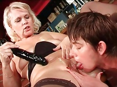 Mature blonde licked and banged by a toy tubes