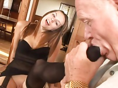Old man worships her feet and gets a bj tubes