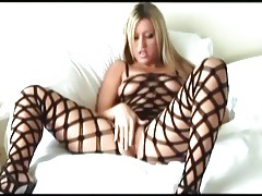 Big boobed memphis masturbates in a bodystocking tubes