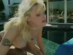 Retro outdoor hardcore sex with her shaved pussy tubes