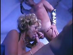 Gorgeous pornstar in lingerie services two dicks tubes