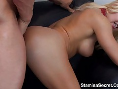 Incredibly hot blonde banged and gave a great handjob tubes