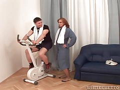 Guy gets off the bike to get sucked by a milf tubes