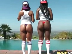 Black girls fondle and grope big ass outdoors tubes