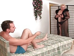 Fat mom teases him in lingerie and sucks his cock tubes