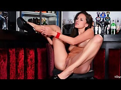 Solo masturbating girl in lipstick and heels tubes