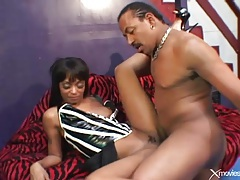 Fucking her lusty black pussy in close up tubes