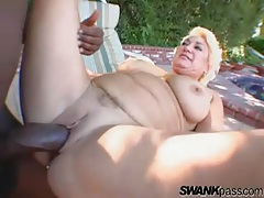 Sexy mature chick and a bbc fuck outdoors tubes