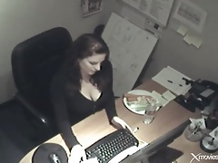 Beauty in office fucks pussy with a carrot tubes