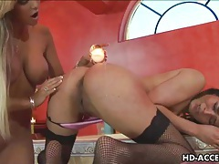 Sexy lesbians lick then dildo each other tubes