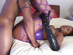 Sexy latex on a black girl doing hot ass fuck tubes