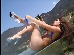 Girl squirts in her outdoor cock riding video tubes