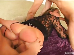 Curvy girl in heels does double penetration tubes