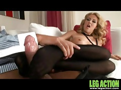 Black pantyhose girl gives him an erotic footjob tubes