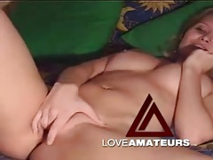 Webcam cutie strips quickly and fingers her pussy tubes