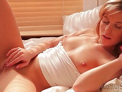 Beauty alone in the morning and masturbating tubes