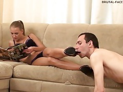 Dominant babe rubs her asshole on his face tubes