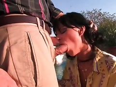 Kissing this chick that sucks his dick outdoors tubes