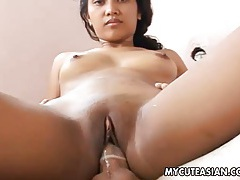 Asian amateur gets her bald cunt fucked tubes