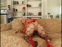 He watches big ass blonde girl toy fuck her pussy tubes