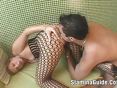 Hot babe sucked a cock and got banged in the ass tubes