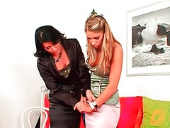 Stylist helps the hottie try on new clothes tubes