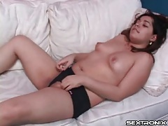Solo curvy girl in panties rubs pussy tubes