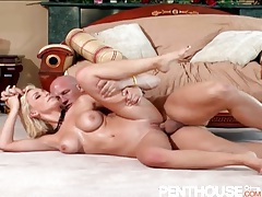 Hot blonde gets her box licked and fucked hardcore tubes