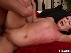 Curvy redhead mature balled in her sexy pussy tubes