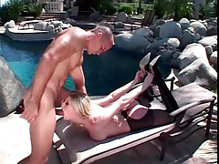 Blonde michelle b wears latex for outdoor sex tubes