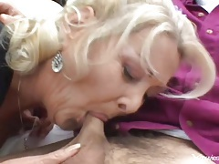 Fat ass mature blonde loves doggystyle sex tubes