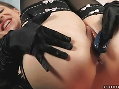 Stockings and gloves on classy masturbating girl tubes