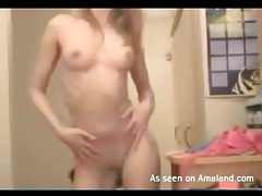 Tiny tits and tight ass on this dancing chick tubes