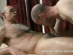 Hairy daddy fucks his masseur tubes