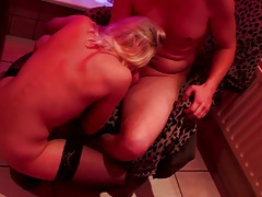 Blonde hooker sucks and fucks hard cock tubes