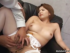 Japanese babe gets her haiy pussy fingered uncensored tubes