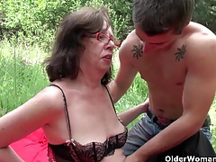 Granny gets her asshole invaded outdoors tubes
