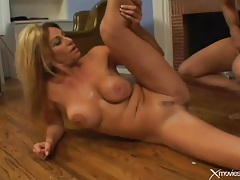 Missionary milf sex and a hot facial cumshot tubes