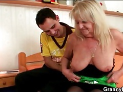 Old lady with natural breasts gets fondled tubes
